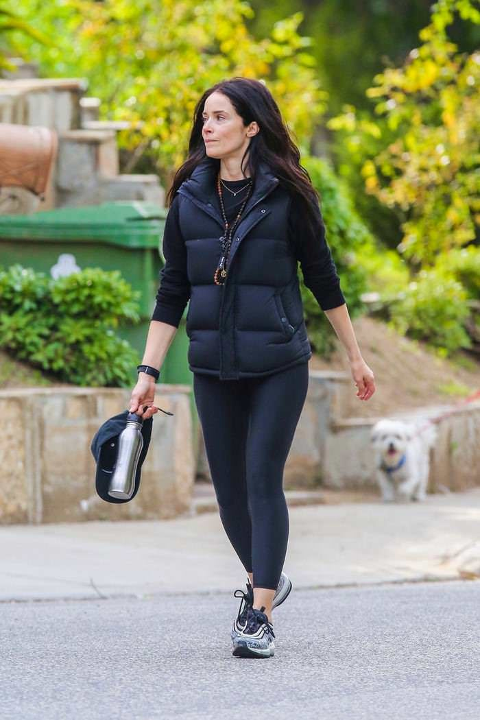 Abigail Spencer Takes a Stroll in Studio City
