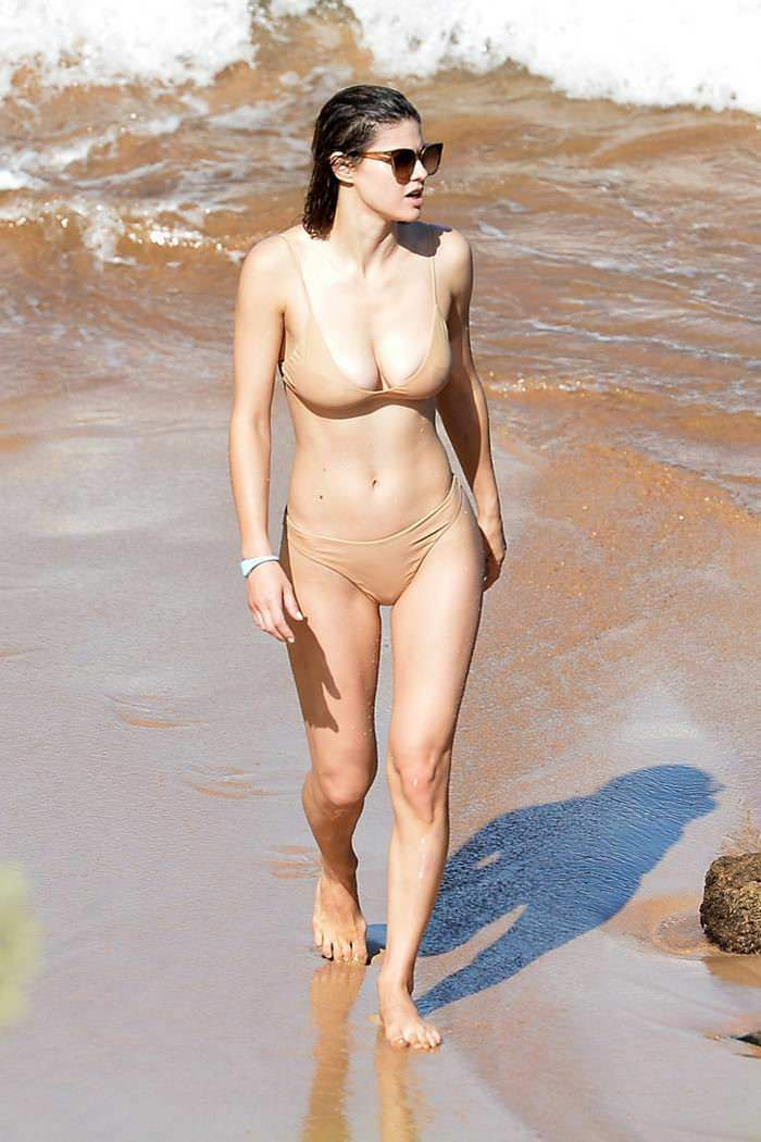 Alexandra Daddario Heats Up the Beach in a Bikini on the Island of Maui