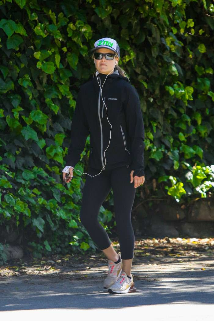 Ali Larter Takes a Hike Through the Pacific Palisades
