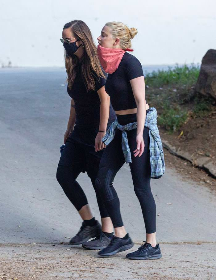 Amber Heard Goes Braless to Hike in Griffith Park with Friend