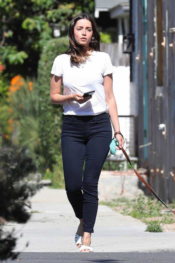 Ana de Armas Hits a Carefree Look as She Takes Her Dog For a Walk