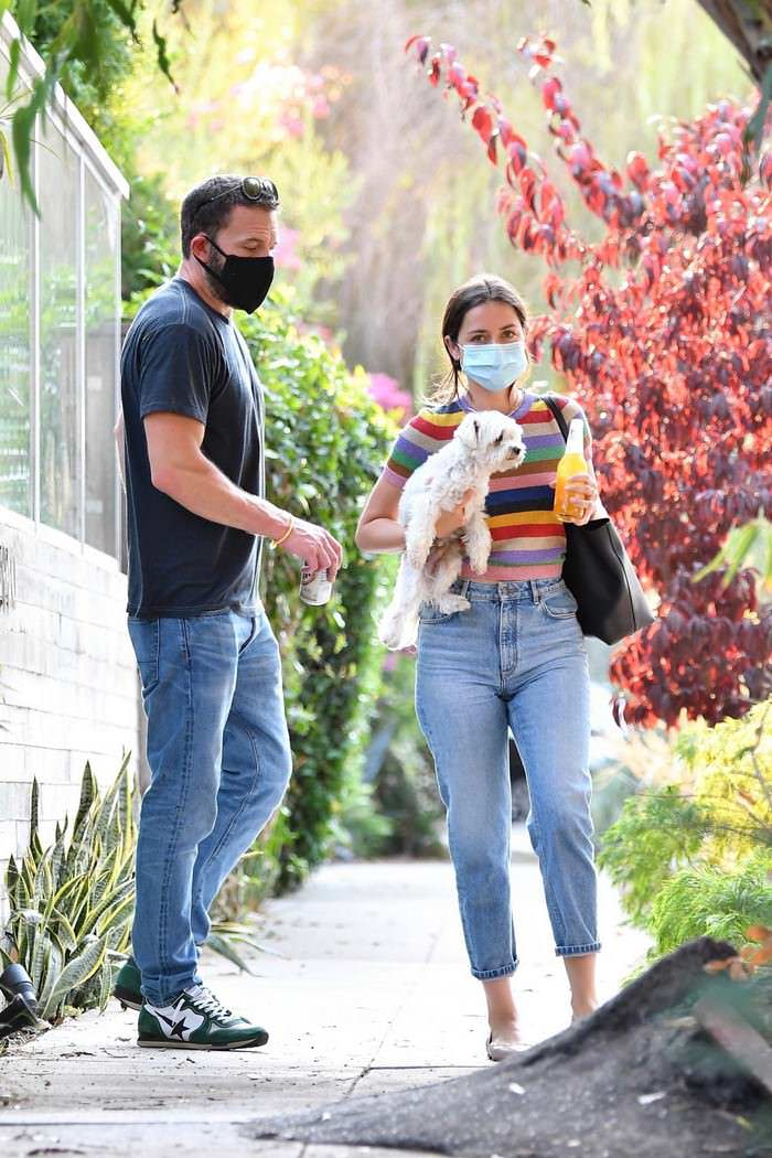 Ana de Armas in a Rainbow-striped Top with Ben Affleck Outside her Home