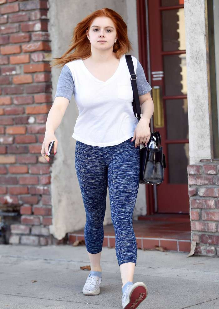 Ariel Winter in Tights as she Runs Errands in North Hollywood