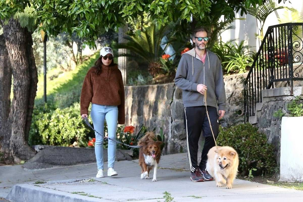 Aubrey Plaza and Jeff Baena Walks Their Dogs in LA