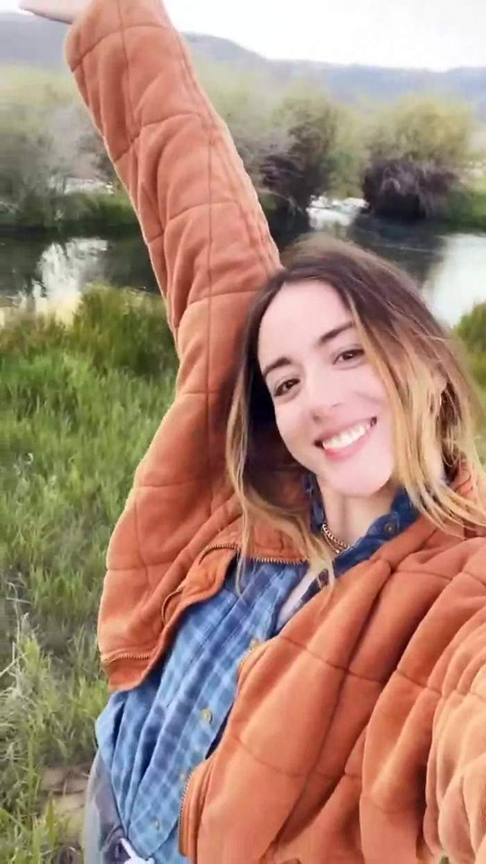 Chloe Bennet With BF Drove Through an Isolated Countryside