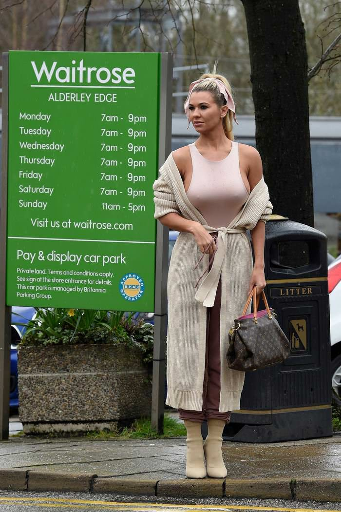 Christine McGuinness Out in Casual Stroll in Alderley Edge