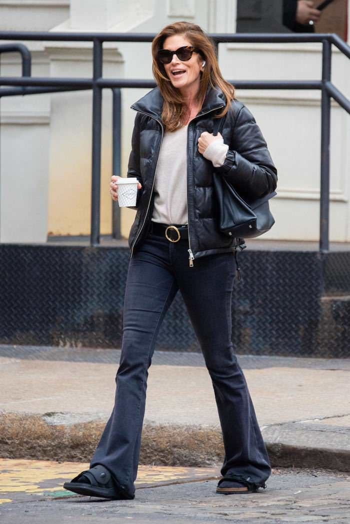 Cindy Crawford is All Smiling as She Takes a Cup of Coffee in NYC