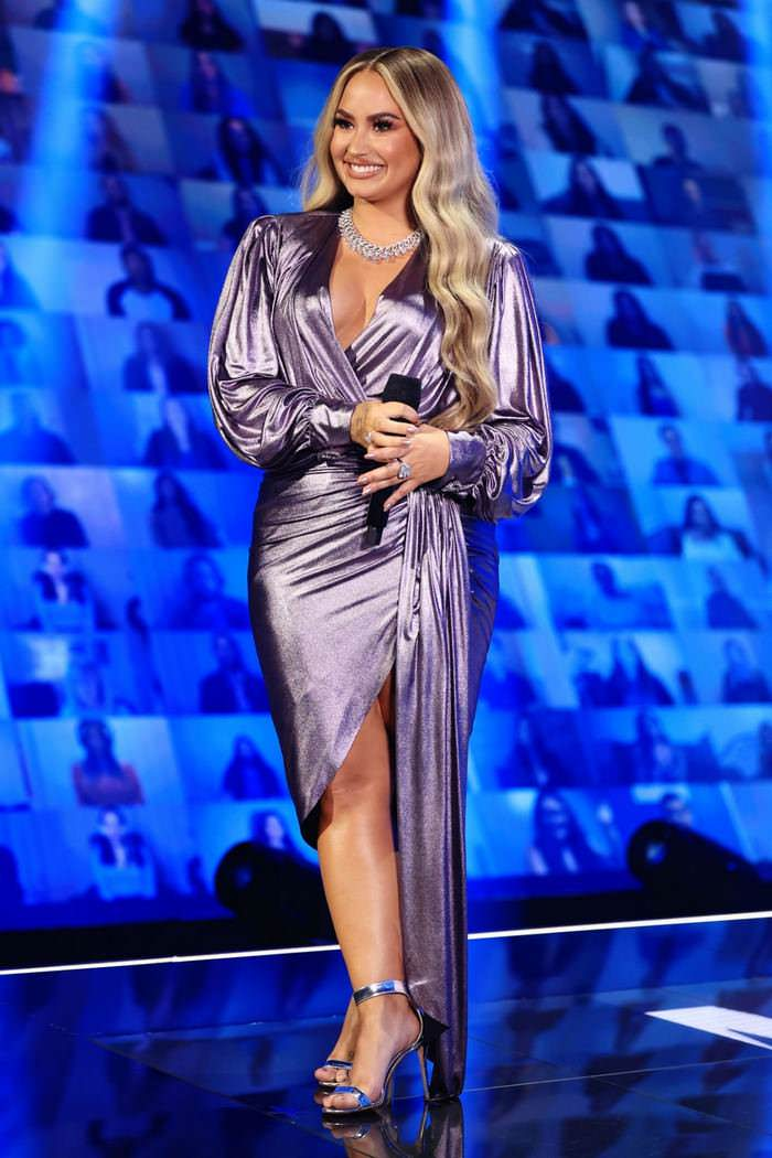 Demi Lovato Wowed In A Series Of Incredible Dresses While Hosting The People's Choice Awards