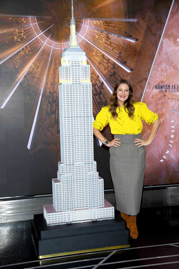 Drew Barrymore Lighting Empire State Building Yellow to Celebrate her New Talk Show