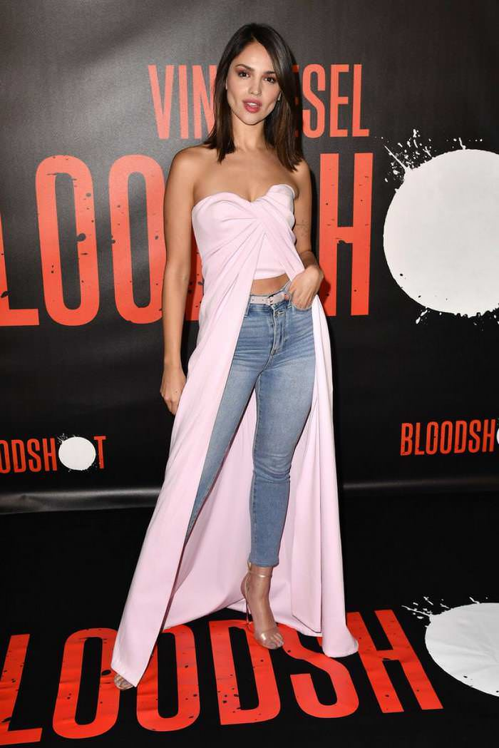 Eiza Gonzalez at Bloodshot Photocall in West Hollywood