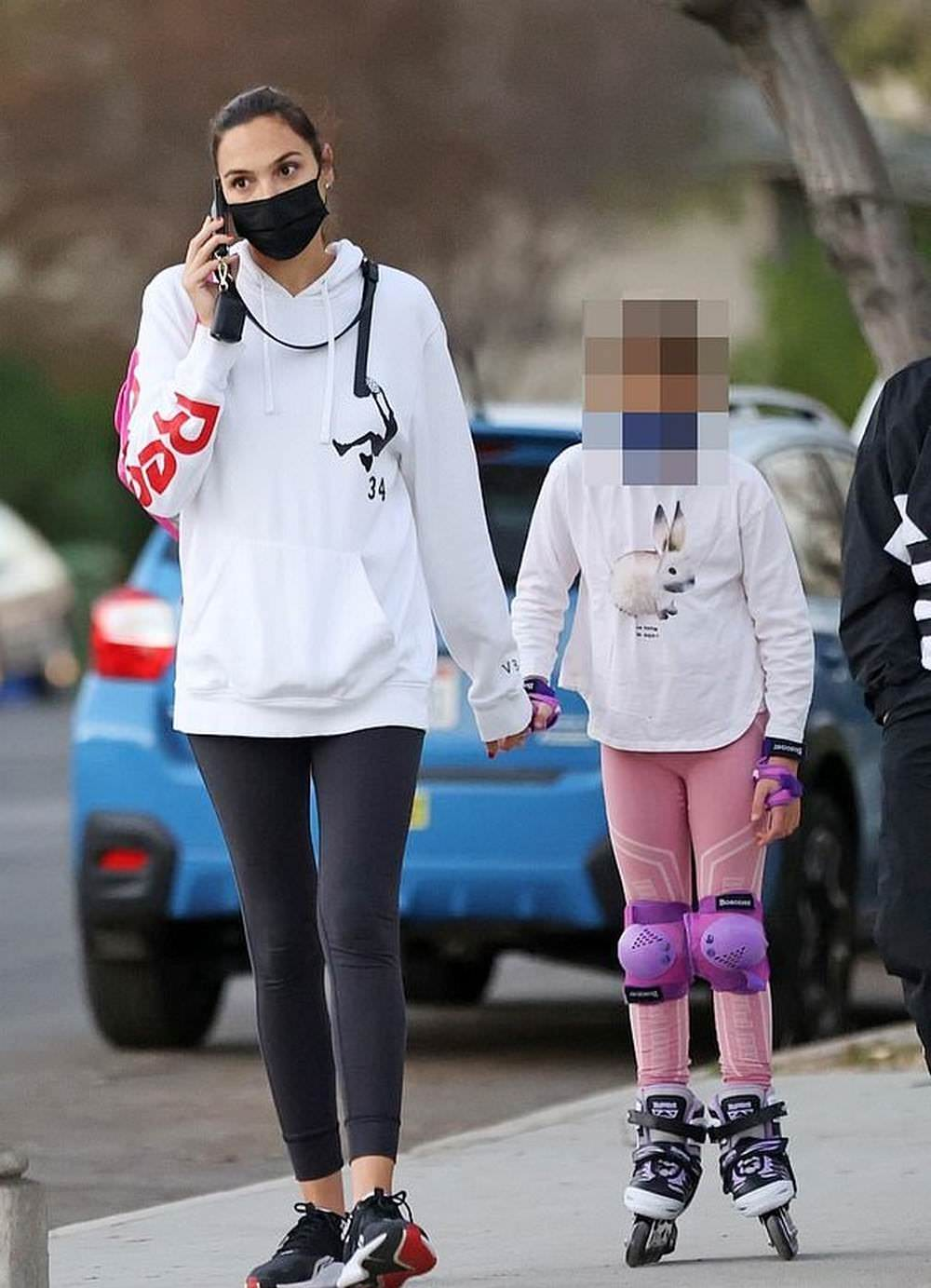 Gal Gadot Rocks a Sporty Style in Studio City with her Daughter