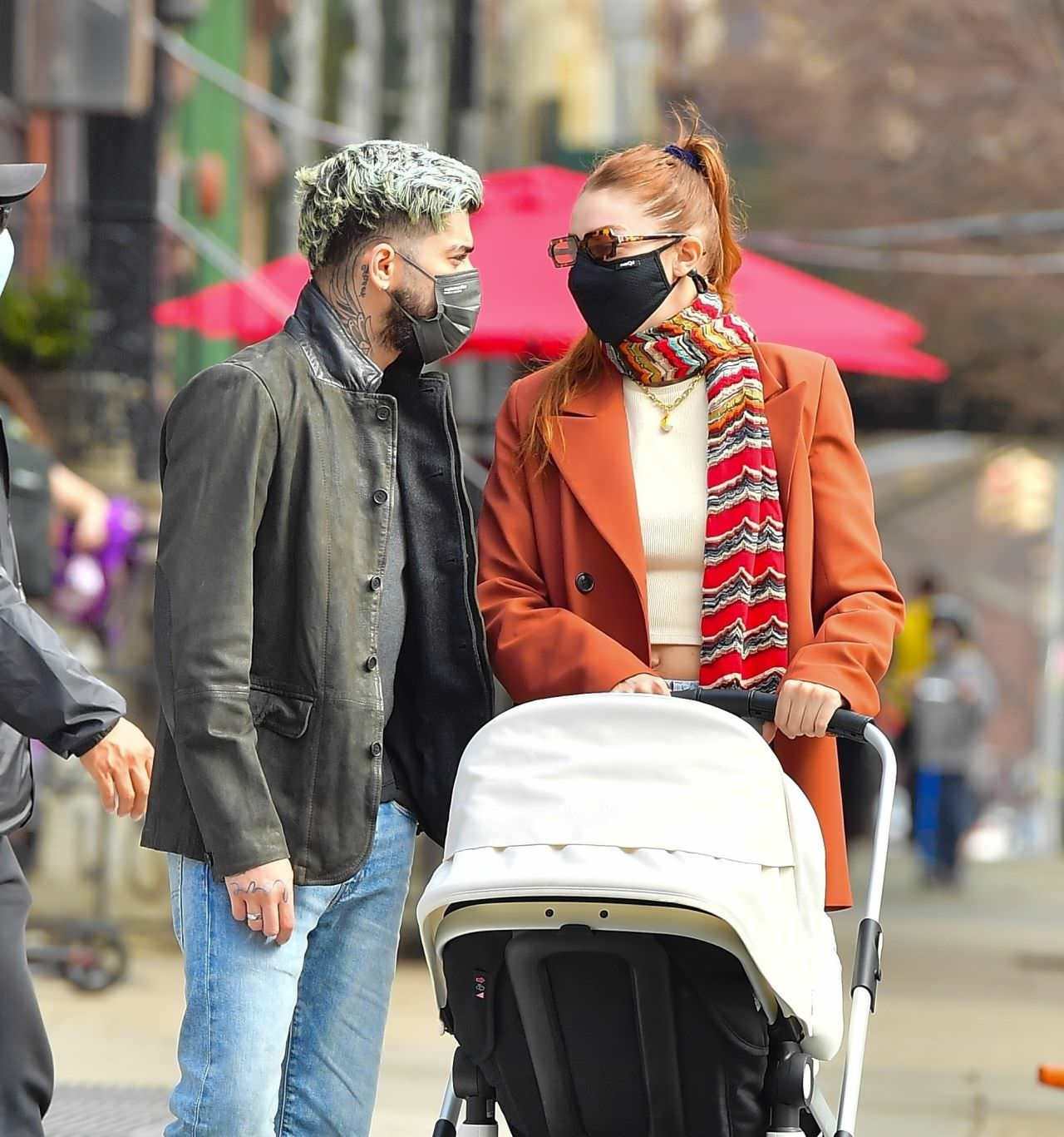 Gigi Hadid and Zayn Malik With Their Daughter in NYC