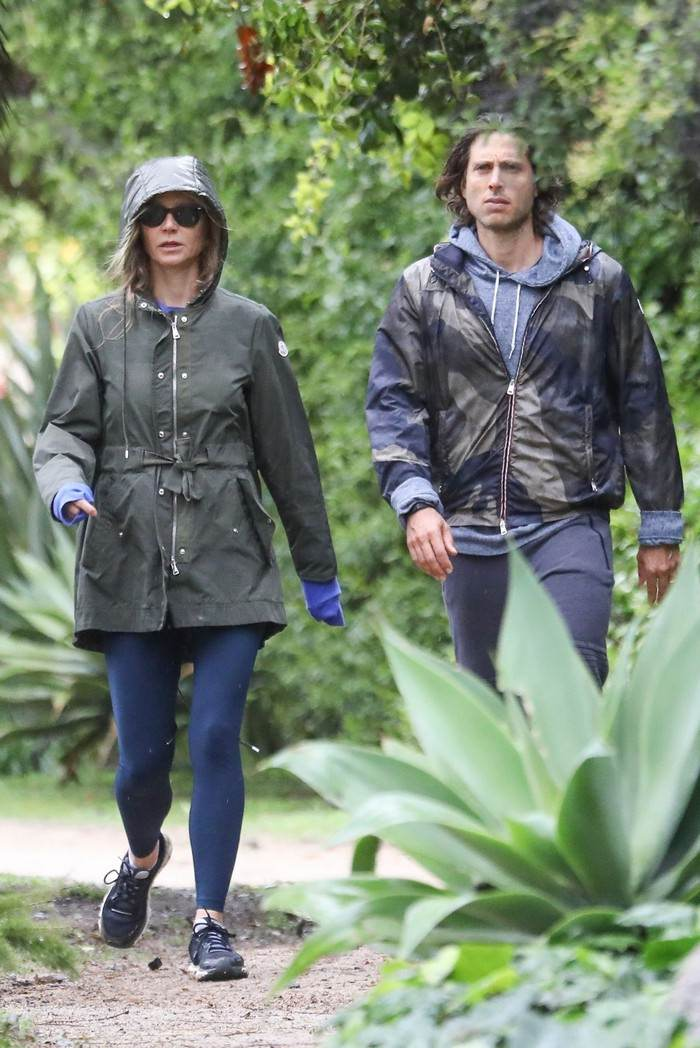 Gwyneth Paltrow Stroll With Husband Brad Falchuk in LA