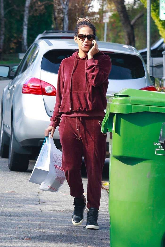 Halle Berry in Tracksuit Getting Her Lunch To-Go in LA