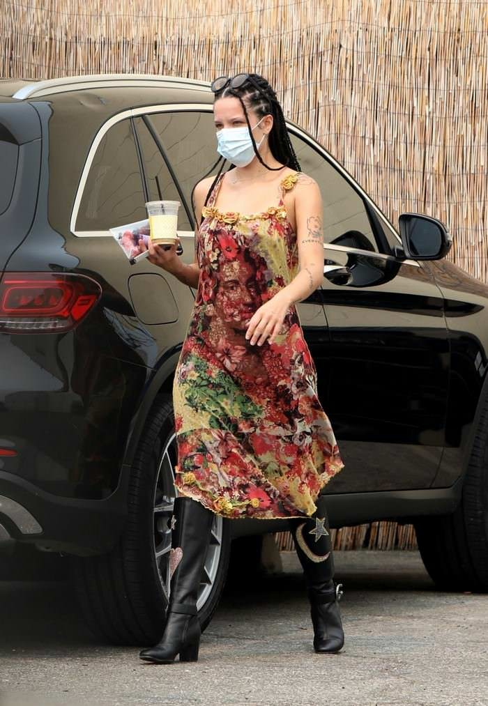 Halsey in Boho-chic Style Arrives at a Studio in Los Angeles