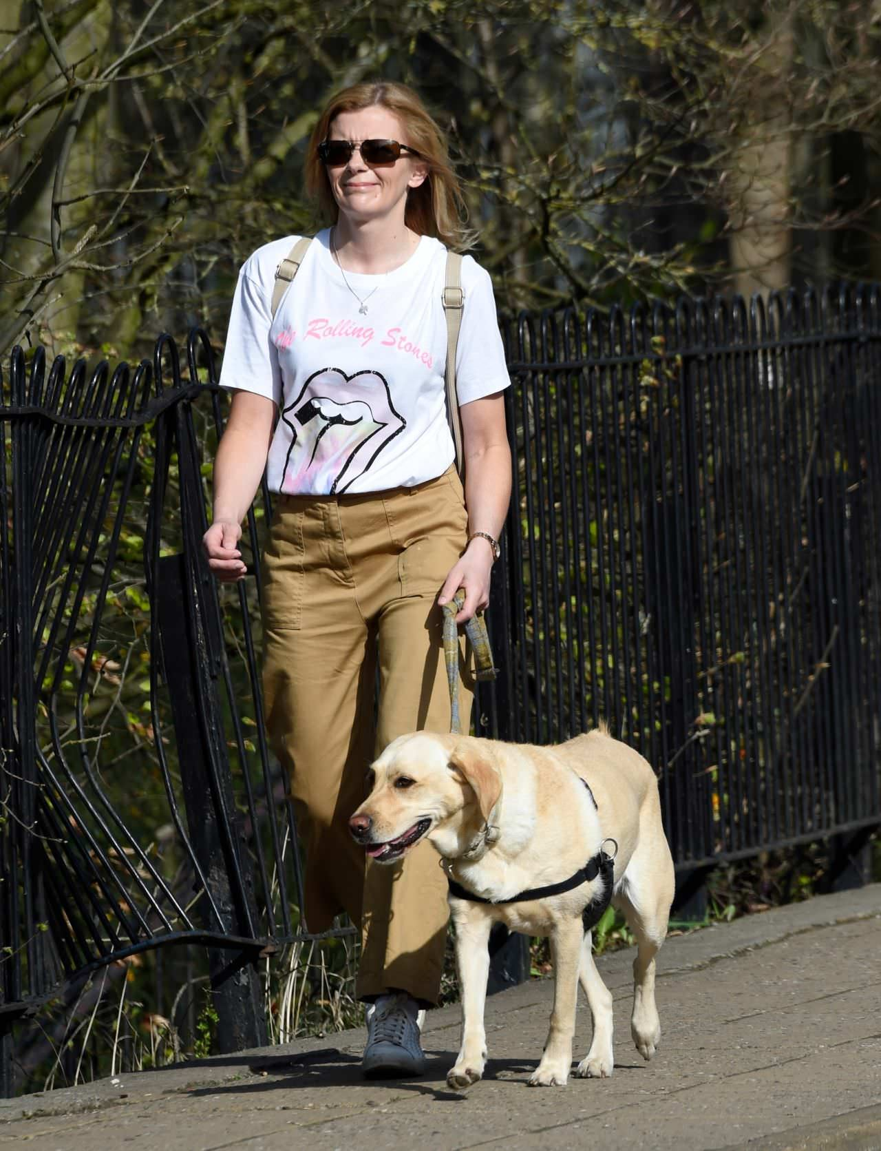 Jane Danson Takes her Dog Out for a Morning Stroll