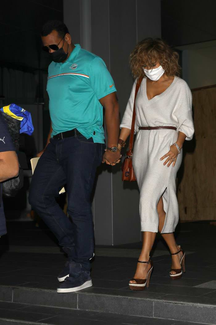 Jennifer Lopez and A-Rod Stepped Out for Dinner at Soho House in West Hollywood