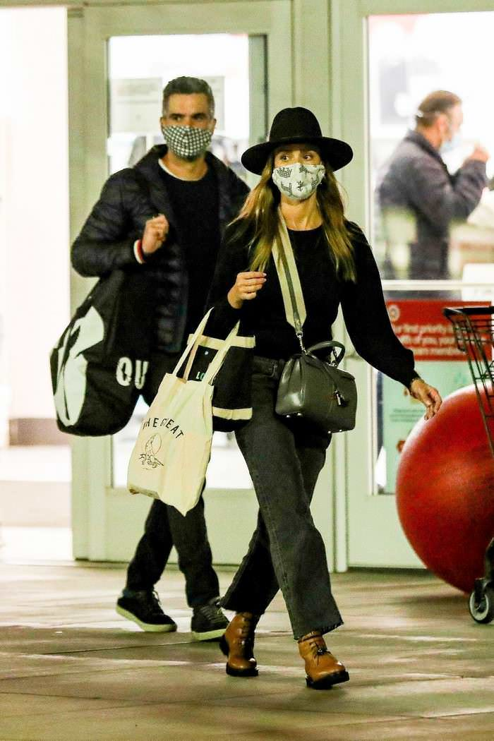 Jessica Alba and Cash Warren Shops for Halloween Costumes in West LA