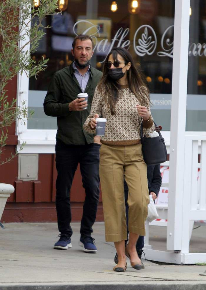 Jordana Brewster and Mason Morfit in Brentwood Country Mart