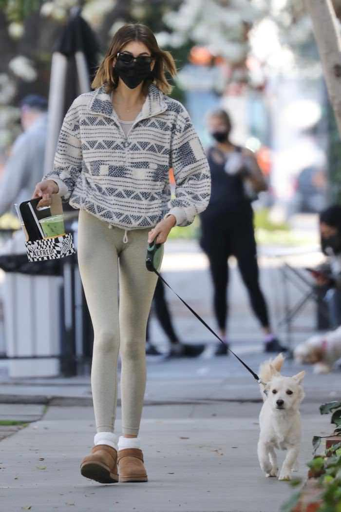 Kaia Gerber at Alfred Coffee with her Dog Milo in LA