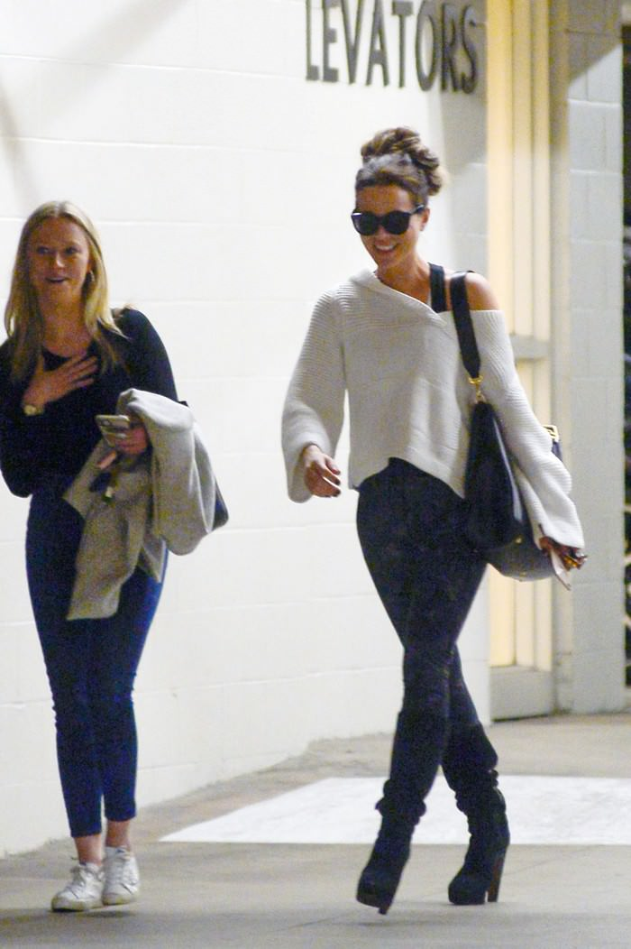 Kate Beckinsale Leaves a Gym in LA