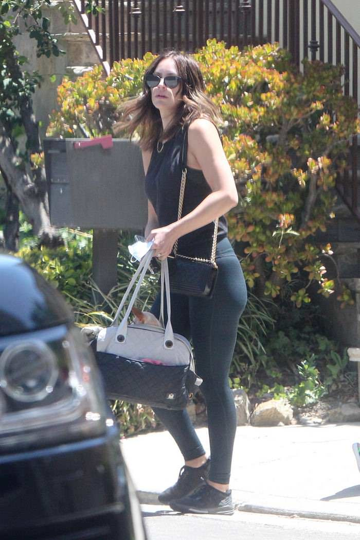 Katharine McPhee Stepped Out to Run Some Errands in LA