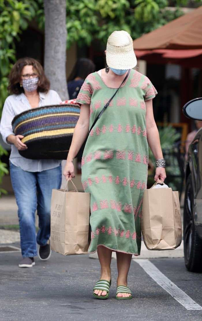 Katy Perry Looks Wonderful while Out for the First Time After Giving Birth
