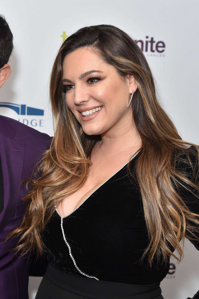 Kelly Brook at Teens Unite Annual Fundraising Gala at the Rosewood Hotel