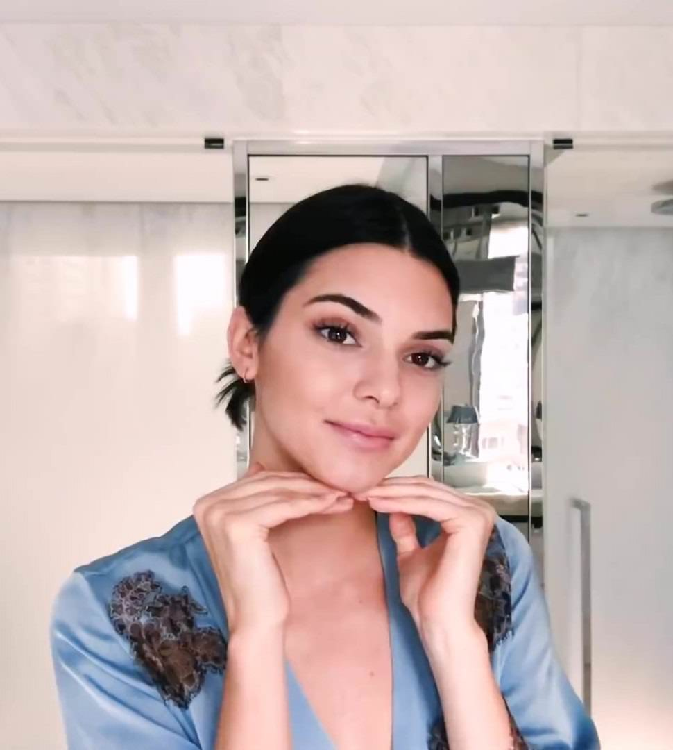 Kendall Jenner Shares Her Morning Beauty Routine