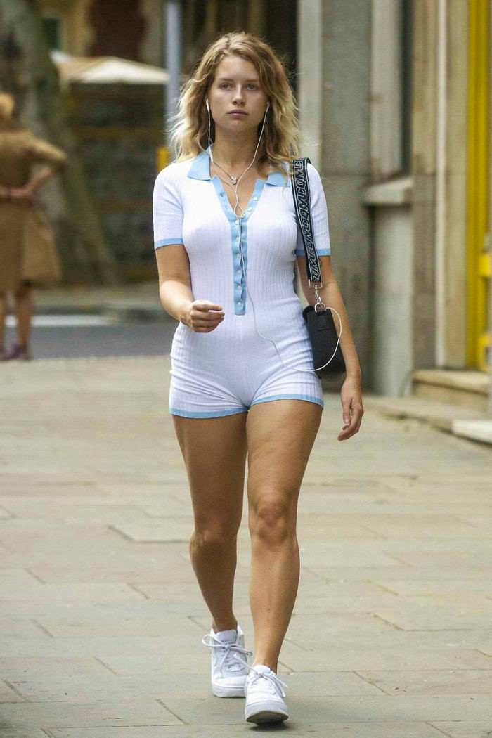 Lottie Moss Shows Off Her Curves in White Playsuit in London