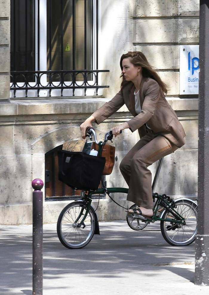 Melissa George Out for a Bike Ride in Paris