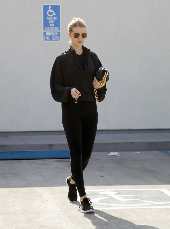 Rosie Huntington-Whiteley in Black Outfit Out in Los Angeles