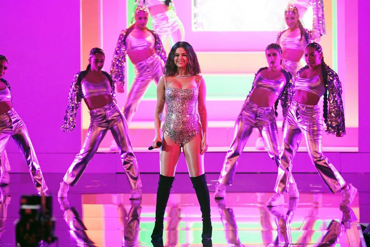 Selena Gomez Live Performance at 2019 American Music Awards