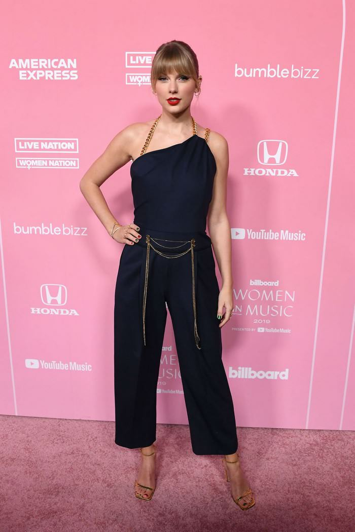 Taylor Swift at Billboard Women in Music 2019 in LA
