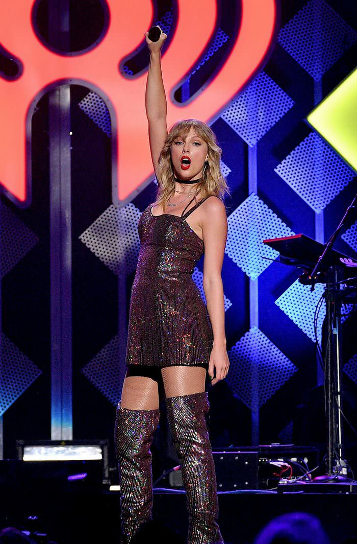 Taylor Swift Performs at Z100's iHeartRadio Jingle Ball